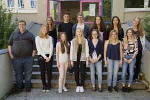 Eliska und Adriana aus Tschechien gehen ein ganzes Jahr in Weiden zur Schule