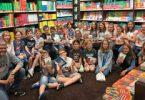 """""""Ich schenk dir eine Geschichte!"""" –  Die Klassen 5b und 5e besuchen die Buchhandlung Rupprecht"""